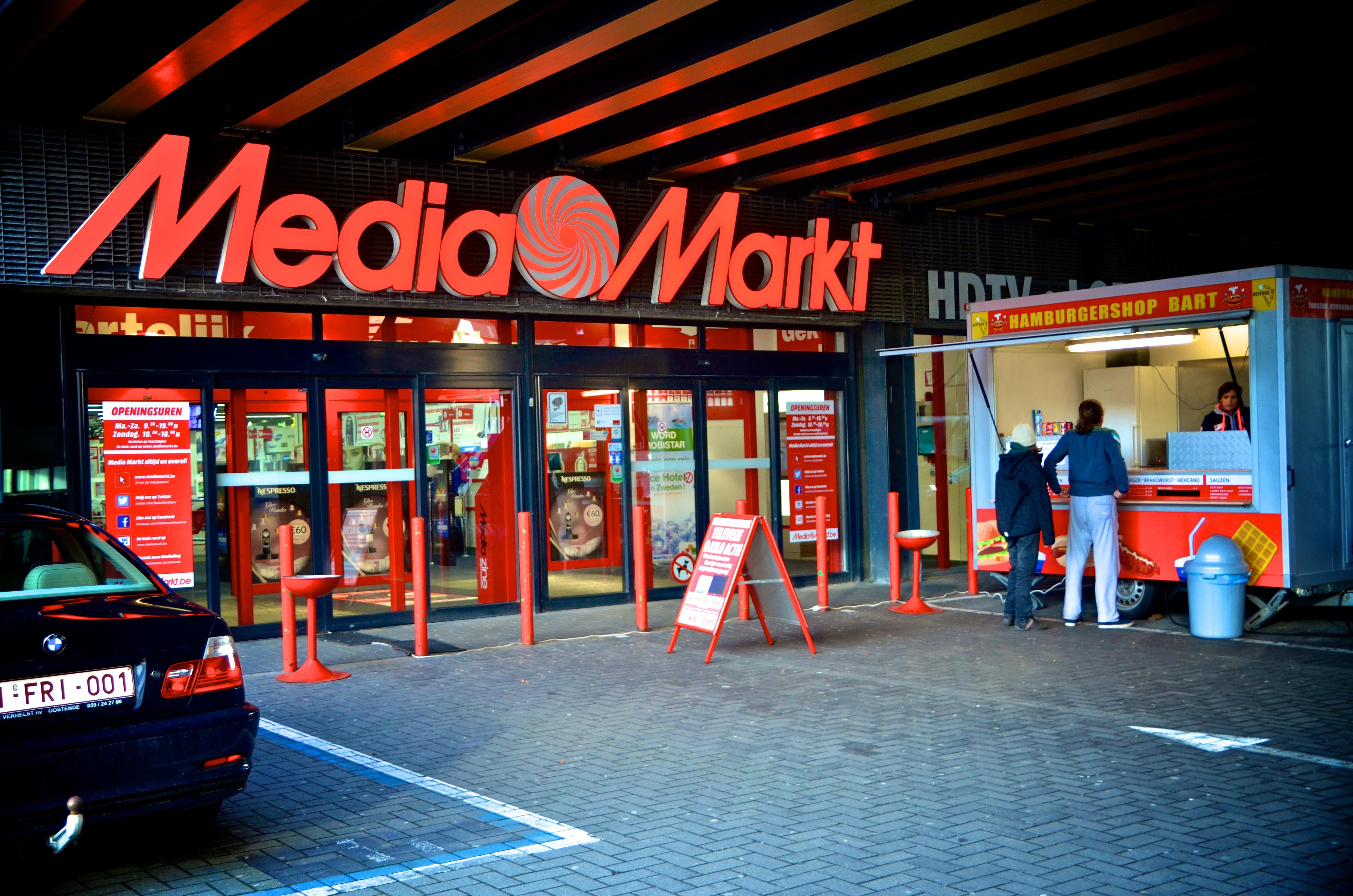 Voor 100.000 euro aan smartphones gestolen bij Media Markt..