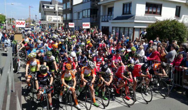 Afbeeldingsresultaat voor start wielerwedstrijd