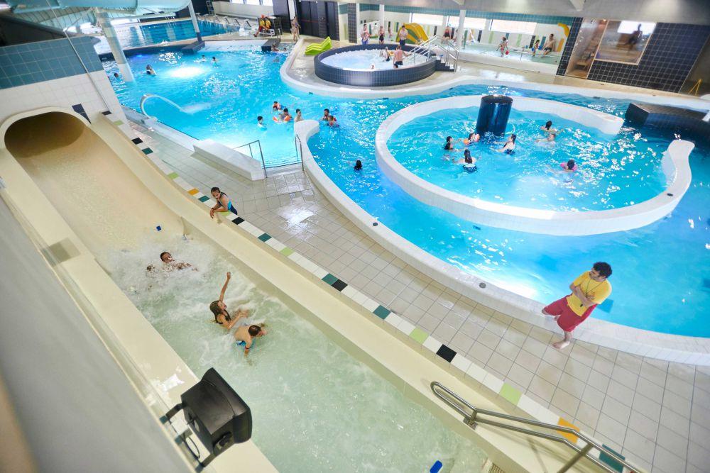 West vlaamse zwembaden zijn niet toegankelijk genoeg for Piscine koksijde